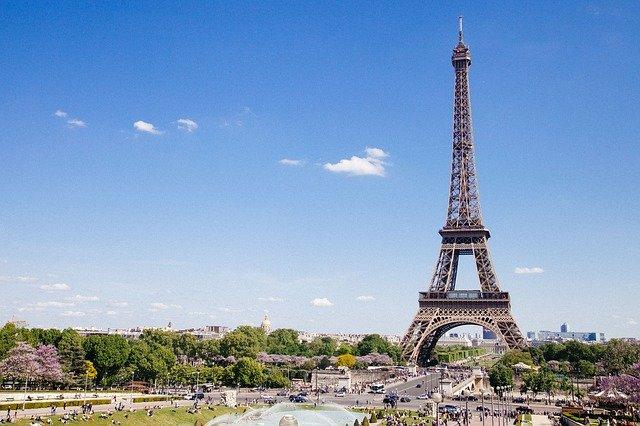 La domiciliation d'entreprise à Paris vous rend des services